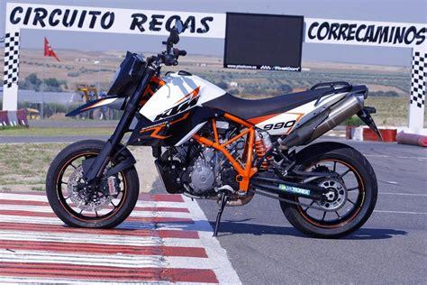 ktm 990 sm 2013 ktm 990 sm r review top speed