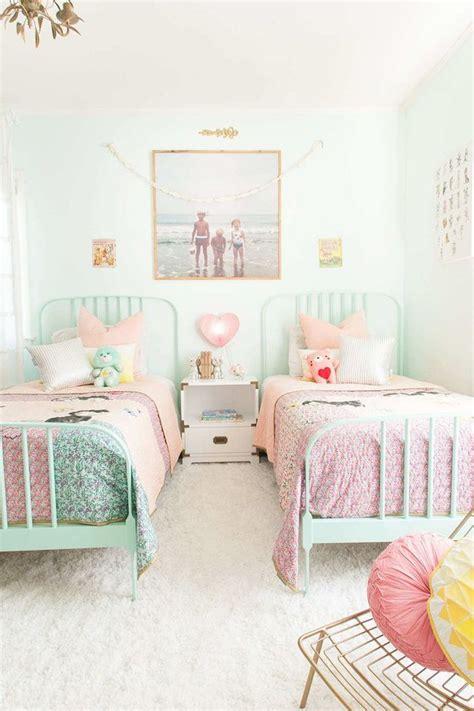 chambre fille vert stunning chambre fille vert pastel contemporary matkin