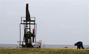 With Rig  Offshore Oil Within Cuba U0026 39 S Grasp