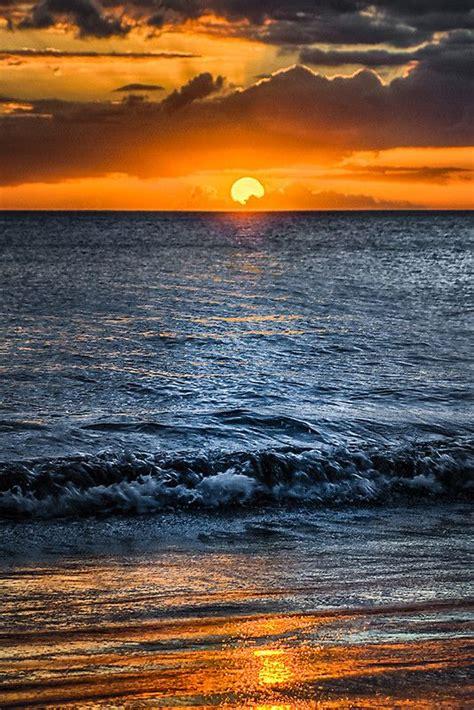 Ocean Wave Hawaii Maui