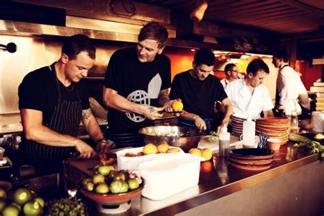 tips  running successful restaurants  bars pos sector
