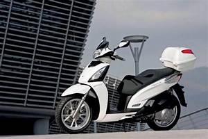 Concessionnaire Moto Occasion : concessionnaire kymco azur motos sanary moto scooter motos d 39 occasion ~ Medecine-chirurgie-esthetiques.com Avis de Voitures