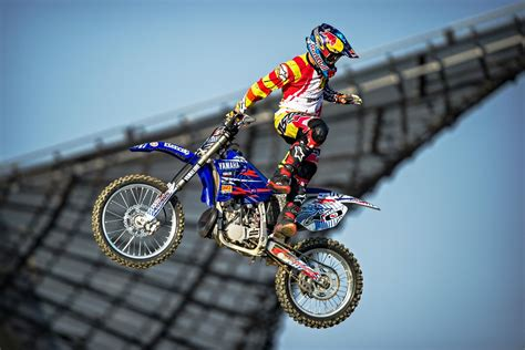 freestyle motocross tricks is the future of freestyle motocross in safe hands