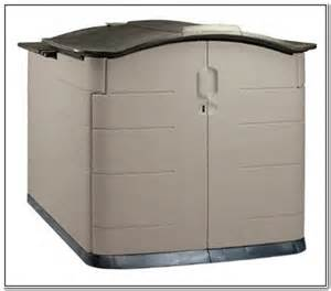 rubbermaid patio storage trunk outdoor rubbermaid chairshome design galleries outdoor