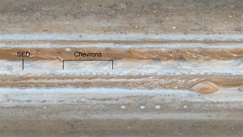 Welliges Wetter am Jupiter – Astrodicticum Simplex