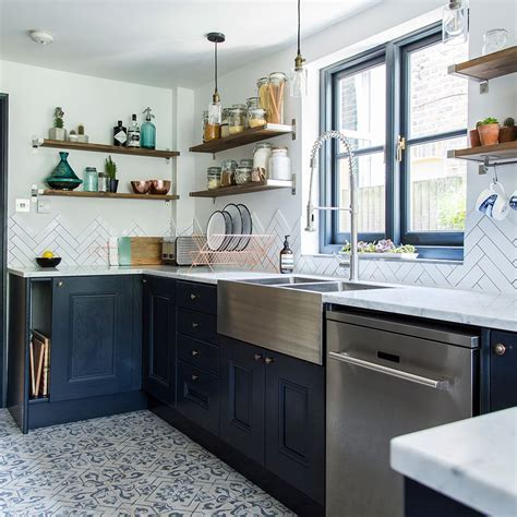 Before and after: From narrow space to stylish kitchen in