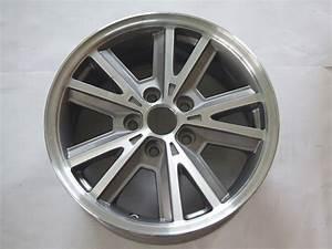 "Ford Mustang 05-09 16"" Aluminum Wheel 3792A P/N 4R331007BA"