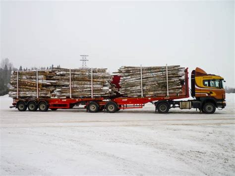 benalu timmertrailer  kg timmer semi trailer