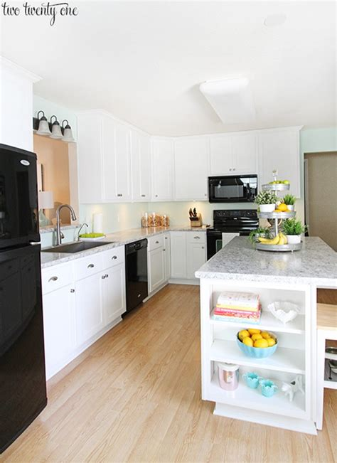 white formica kitchen cabinets 10 beautiful kitchens with laminate countertops 1302