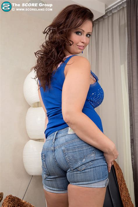 pinkfineart sirale stacked in blue from scoreland
