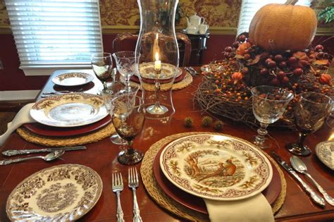 Dining Room Table Center Piece by Thanksgiving Table Setting Traditional Dining Room