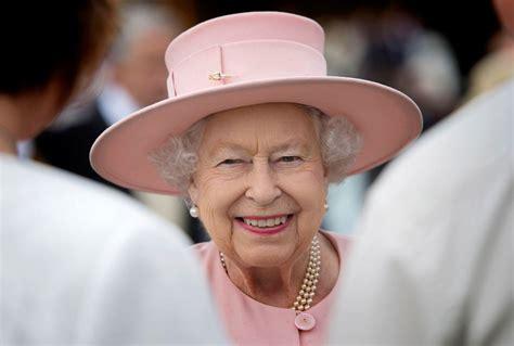 Atklāts 94 gadus vecās karalienes Elizabetes II mūžīgās ...