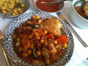 Assiette A Couscous : mon assiette de couscous poulet photo de le maroc orl ans tripadvisor ~ Teatrodelosmanantiales.com Idées de Décoration