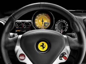 2009 Ferrari California - Interior Steering Wheel ...