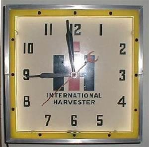 Automobile Advertising Clocks
