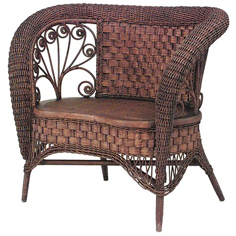 Wicker Loveseat For Sale by 19th C American Small Wicker Loveseat Attributed To