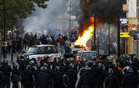riots  britain  warning   bourgeoisie