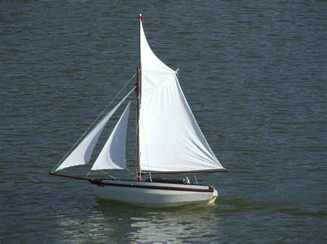 Boating Holidays Near Me by Sailing Boat Near The Coast Boats