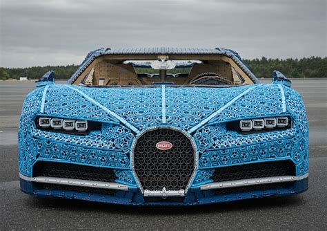 Just a few months ago, bugatti and lego teamed up to create a technic kit of the chiron hypercar. LEGO Built a Full-Size Bugatti Chiron... And It Actually Drives