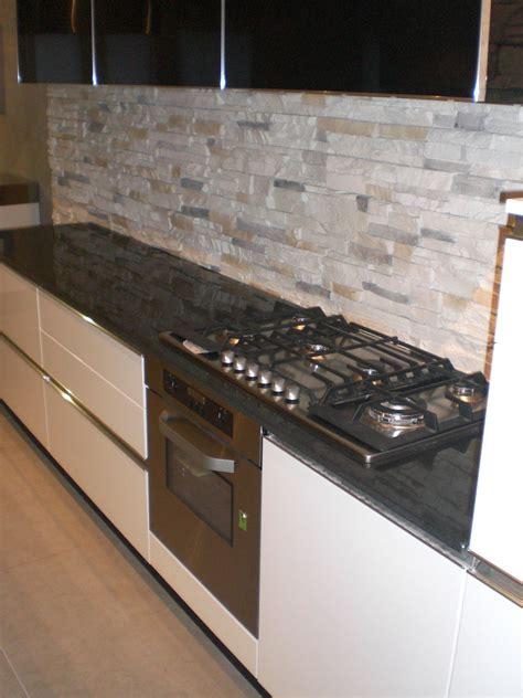 cucina laccata cucina laccata lucida scontata 5720 cucine a prezzi scontati