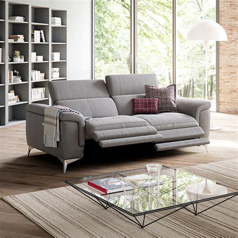 Estensioni di un divano ma anche un. poltrone e sofa cervia