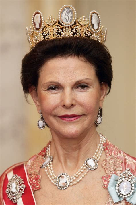 Queen Silvia's Tiara Collection | Jewelry World