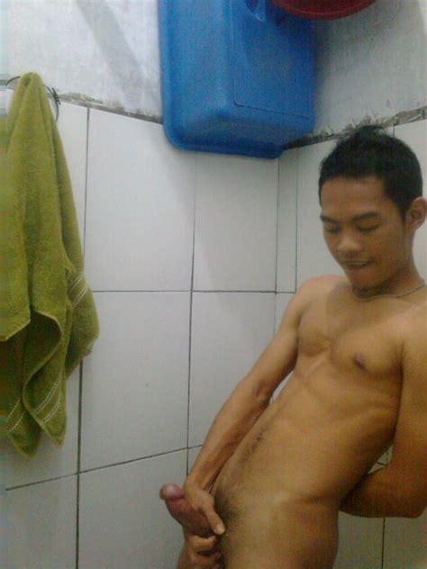 Photo Gay Indonesia Pria Pamer Kontol