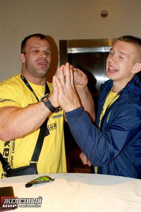 PHOTOS: Denis Cyplenkov vs. Oleg Zhokh - Hand Size ...