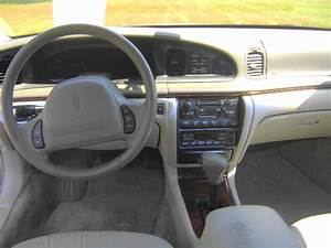 1997 Lincoln Continental - Interior Pictures