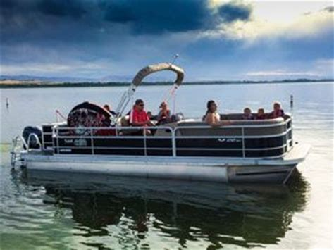Awesome Tritoon Boats by 13 Awesome Pontoon Boat Accessories Pontoon Guide Boat