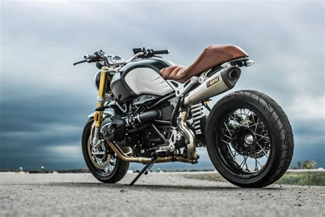 best modern retro motorcycle the 16 best retro motorcycles make bikes great again