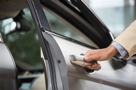 car door open up how to cool a car in high heat