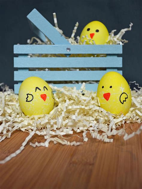 easy egg decorating ideas easter egg decorating ideas hgtv