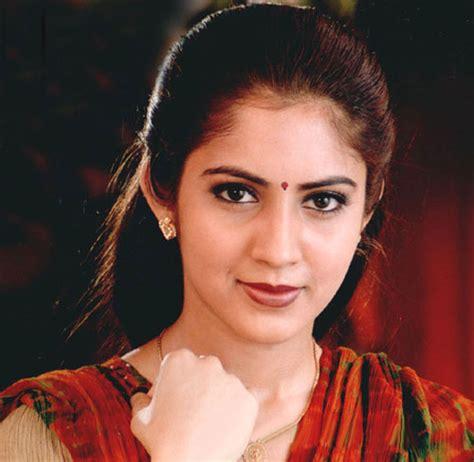 actress kanaka tamil movie list old actress latha hot ravenswood season 2 spoilers