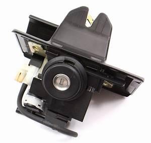 Trunk Latch Lock  U0026 Key 94-00 Mercedes Benz C280 W202