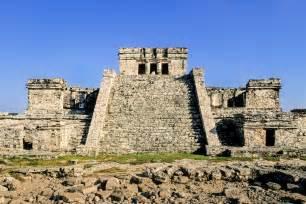 El Castillo Mexico Monument