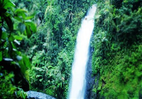 central sulawesi poso sulewana waterfall