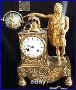 Pendule à Poser : ancienne pendule style louis xv statue all gorie roi de france bronze xixe japy horloges pendules ~ Teatrodelosmanantiales.com Idées de Décoration