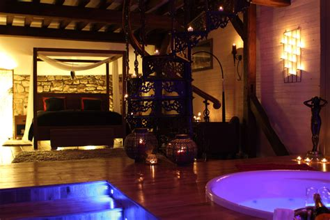 chambre d hotel avec privatif belgique l 39 chambre avec fauteuil massant ideal
