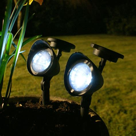best outdoor solar lights key tips to choose the best outdoor solar lights ecostalk