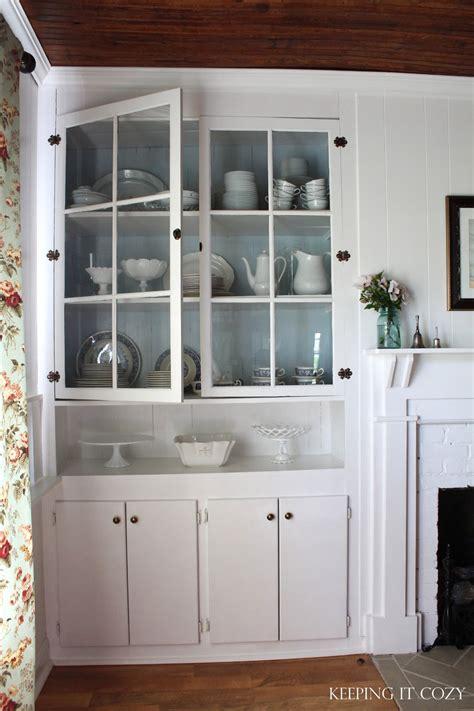 keeping  cozy   dining room hutch