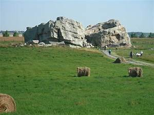 Okotoks Big Rock – Managing Vandalism with Technology ...  Erratic