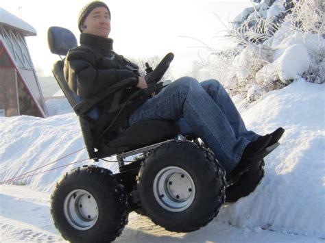 fauteuil roulant electrique 4x4 4x4 tous les fauteuils roulants de terrain fauteuil roulant d escaliers de mont 233 e 4x4 tous les