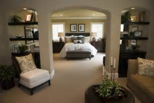 Bedroom Decorating Ideas Master Bedroom Decorating Ideas Incorporating Function Designideasforyourbedroom