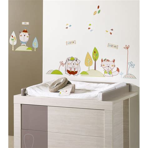 stickers chambre de bebe davaus stickers muraux winnie chambre bebe avec