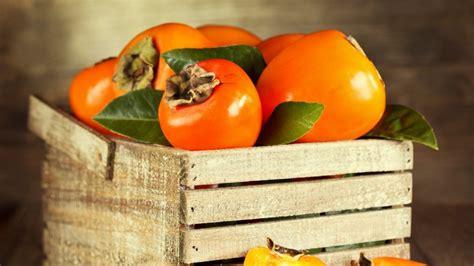 warum kaki eine goettliche frucht ist bild der frau