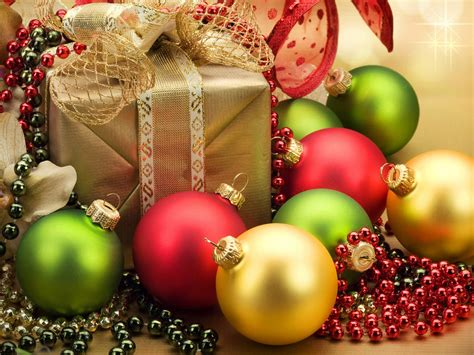 Christmas Gift Decorations Red Yellow Green Balls And