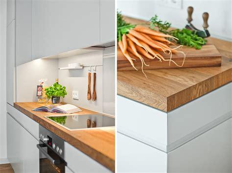 Küche Weiß Mit Holzarbeitsplatte by Offene K 252 Che Mit Holzarbeitsplatte Modern K 252 Che