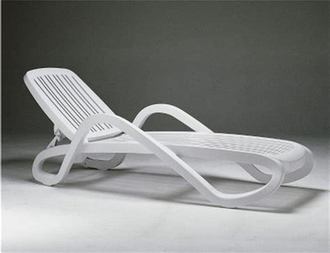 pool furniture supply white plastic resin chaise