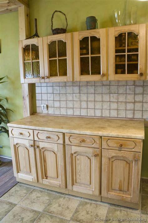kitchen paneling backsplash best 25 whitewash kitchen cabinets ideas on 2406